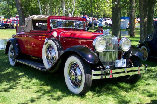 Stutz at Fleetwood show