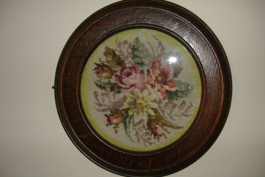 Tapestry Picture - Round Floral