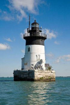 Lighthouse 128