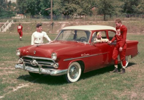 1952 Ford Customline Tudor Sedan.