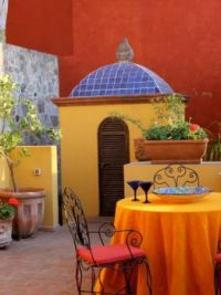 Colourful Mexican courtyard