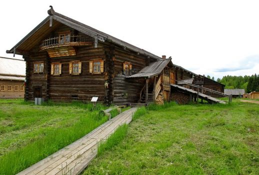 Russian wooden farmhouse, XIX century