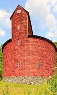 Unusual round Red Barn