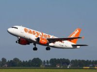 G-EZAX EasyJet Airbus A319-111Takeoff from Schiphol