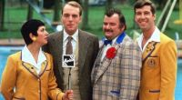 HI-DE-HI ...  RUTH MADOC, SIMON CADELL, PAUL SHANE, JEFFREY HOLLAND