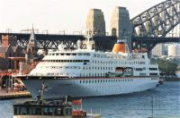 c Columbus makes her maiden call Sydney