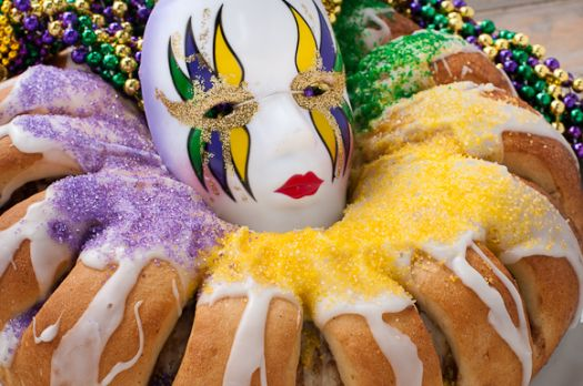 King-Cake-with-Beads