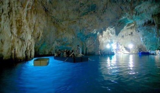The Grotta Dello Smeraldo