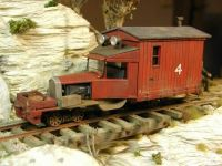 puzzle 400  Railcar  -RedFour-  On30-Model