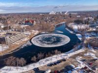 """Giant ice disk forms in Maine river, enthralling residents"""