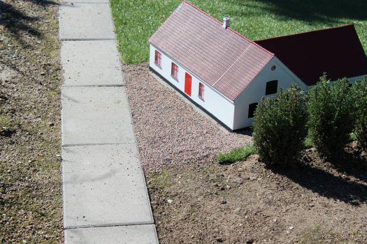 model af gård ved Faldsled