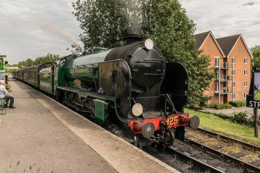 925 Cheltenham