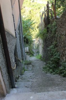 Down the steps in Cinque Terre