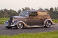 1935 Ford Tin Woodie