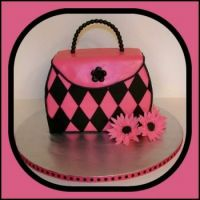 Pinknblack   -diamond-purse-cake
