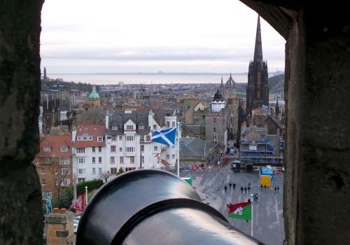 Edinburgh Castle: Gun Loop View