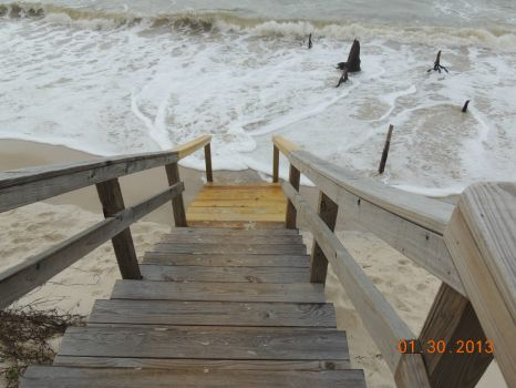 High water, low beach