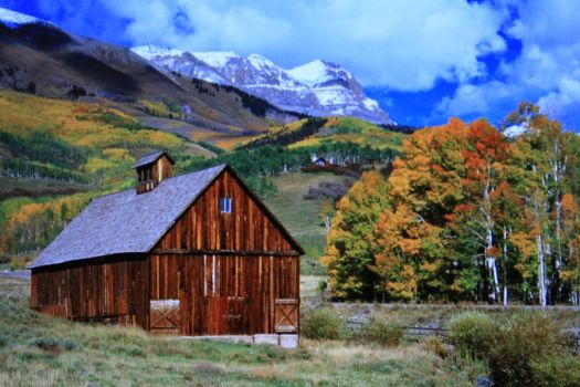 CABIN-ROCKY MOUNTAINS...
