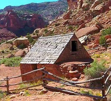 Colo Cabin