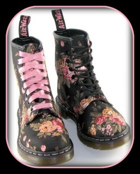 Pinknblack Dr Marten's Victorian Flowers - found 'em at the ShoeBee
