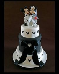 Pictures210~Cool Disney cakes