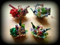 Crafts - 12th Scale Dolls House Baskets - Christmas Gift Baskets (Small)