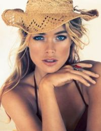 Doutzen_Kroes_blue-eyes