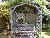 Garden - Swing with Glass Butterflies & Dragonfly Attached to Back lattice
