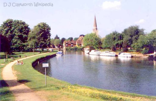 Abingdon on Thames with church