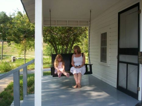 Elvis' Childhood Home