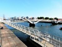 Pedestrian bridge over River Liffey, Dublin
