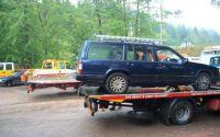 Volvo 960 getting a piggy-back!