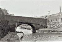 A cruise along the Huddersfield Narrow Canal (981)