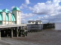 Penarth Pier, Penarth, Vale of Glamorgan, Wales--Wikimedia Commons