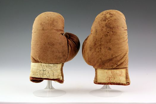 Joe Palooka children's boxing gloves