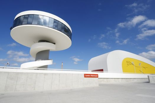 Oscar Niemeyer - 1907-2012 - Avile/Spain